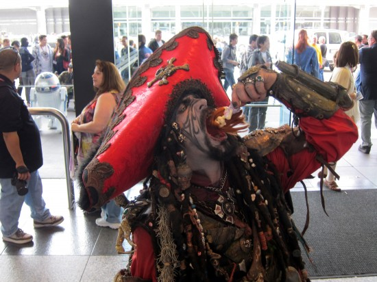 A Doll-eating Pirate at Wondercon: San Francisco Wondercon 2011 Pictures and Recap