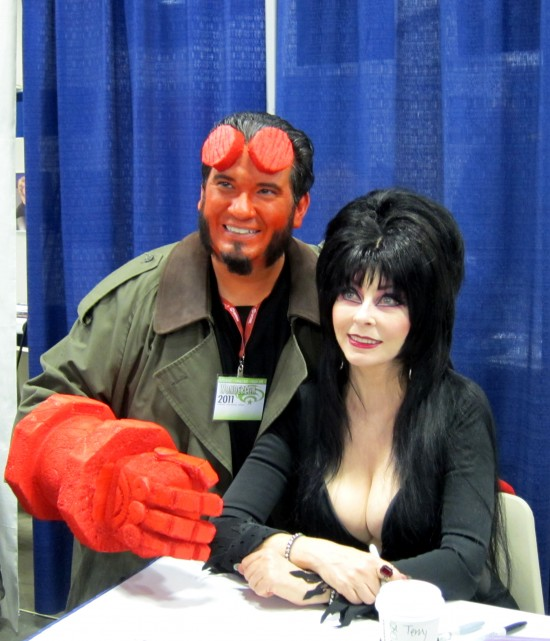 Hellboy and Elvira at Wondercon 2011 pictures and recap