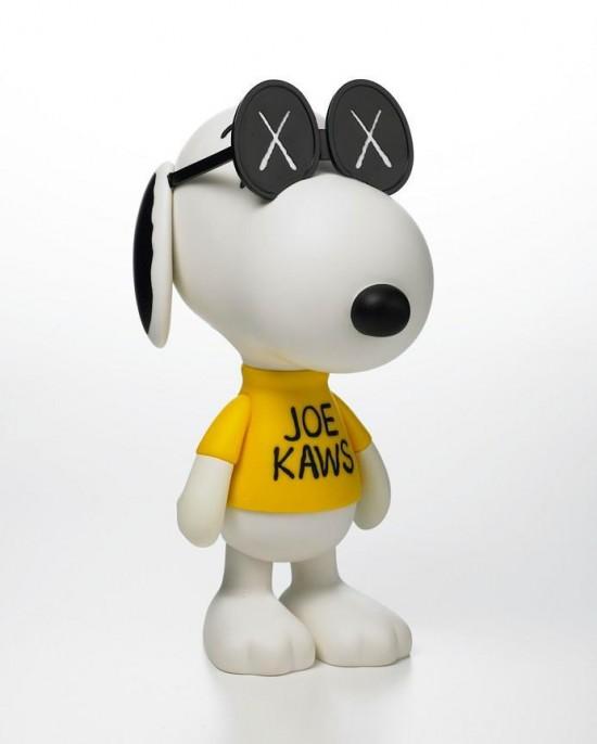 KAWS x Snoopy