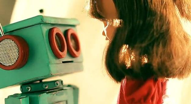 Robot + Doll = LOVE