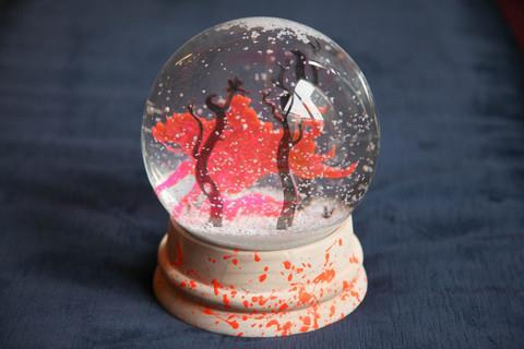 artist snow globe