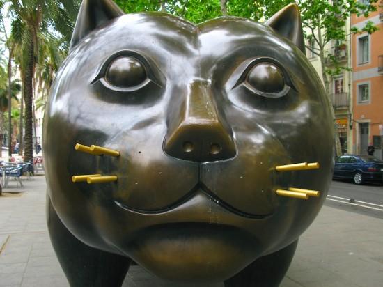 Fernando Botero's bronze fancy cat El Gato statue