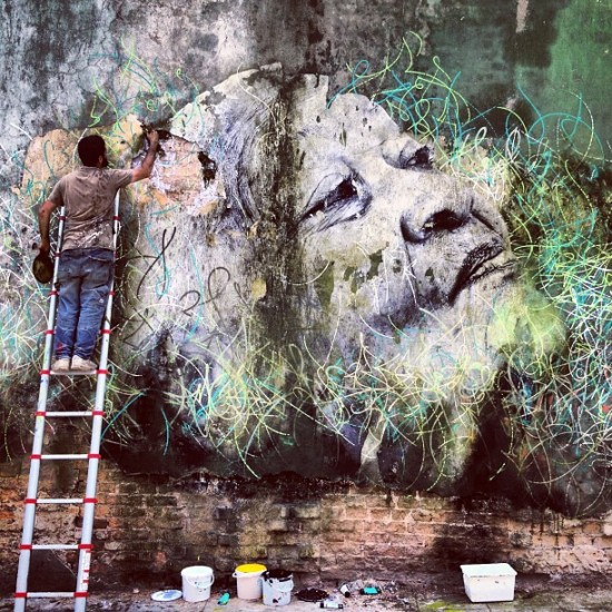 Jose Parla and @jr_artist collabing in Havana. Just outstanding.