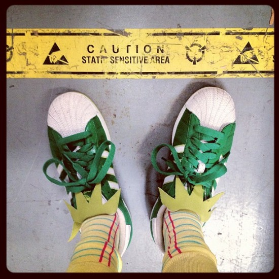 @jeremyriad rocking Muppets Adidas, legal pad socks and static electric hair.