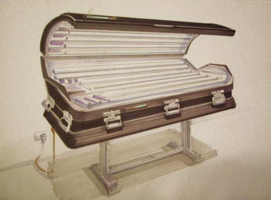 Anti-suntan coffin by Luciano Podcaminsky
