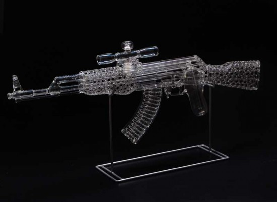 AK-47  Robert Mickelsen