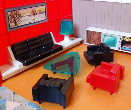 Debbie's Dream House designer dollhouse (1960s)