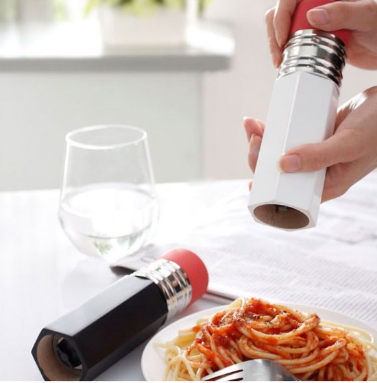 Pencil salt and pepper shakers