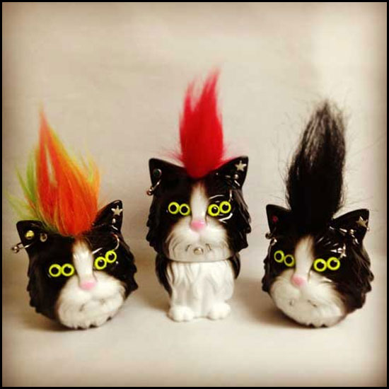 Sofubi cat toys by Refreshment Japan