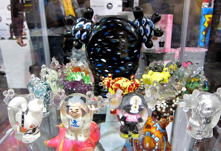 Tan-Ki at Toy Art Gallery for DCON