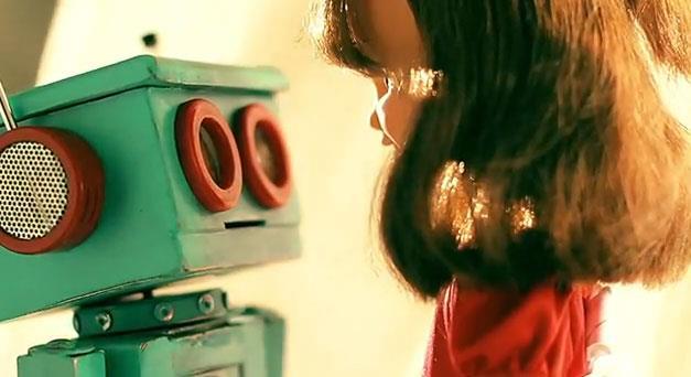 Robot + Doll = LOVE