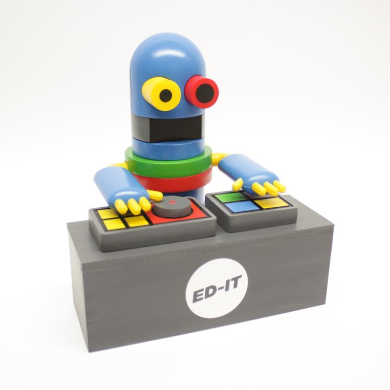 ED-IT DJ (B5100Jx) resin toy art by Tesselate
